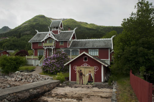 Balestrand-The Book
